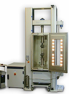 Universal testing machine inspekt 100kN/50kN (lateral test room)