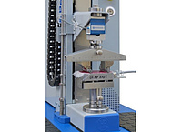Universal testing machine for bending tests on strain sensors